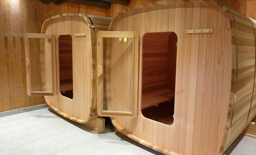 cool principales de nos saunas bois red cedar with sauna. Black Bedroom Furniture Sets. Home Design Ideas